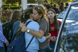 Una profesora española y cinco alumnos sobreviven al tiroteo de Florida encerrados en un armario