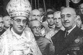 El Consell reclama la medalla de oro y brillantes concedida a Franco