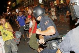 La protesta laica acaba en carga policial