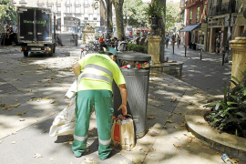 Emaya reorganiza el trabajo a diario para adaptarse a las necesidades de limpieza