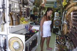 Las ventas del comercio minorista caen en 22 millones en  Mallorca