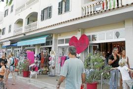 Balears registra un final de agosto histórico con habitaciones en hoteles de tres estrellas a 300 euros