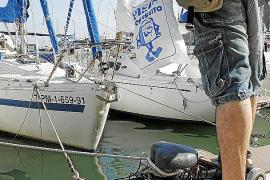 La venta de cubitos de hielo, un negocio de 'oro' en pleno verano en las Islas