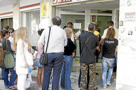 Los sindicatos rechazan los cambios en la contratación temporal