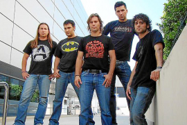 La banda Hyde XXI se lanza al mercado musical «experimentando»