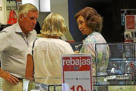 La reina Sofia va de rebajas
