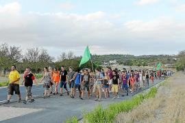 Unos 200 jóvenes se movilizan para reivindicar la protección del territorio
