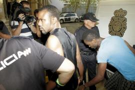 Los cinco detenidos pasan a disposición judicial