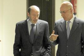 PSOE y PP negocian contra reloj para incorporar a CiU a la reforma constitucional