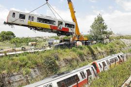 El Govern acuerda subastar vagones y traviesas de vía para conseguir dinero
