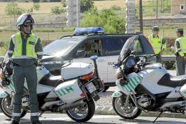 La Guardia Civil sanciona a más de 5.700 conductores sin seguro o sin haber pasado la ITV