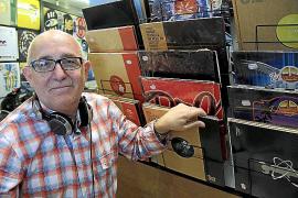 Los DJ locales reivindican que su profesión es «mucho más que poner canciones»