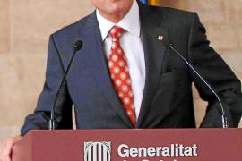 Mas: «La Generalitat se mantendrá en pie para preservar nuestra lengua»