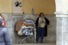 Ingresan en el área psiquiátrica de Son Espases al indigente agresivo de l'Olivar