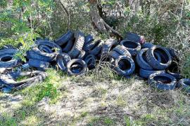 Bunyola registra el segundo vertido ilegal de neumáticos en tres días en Mallorca
