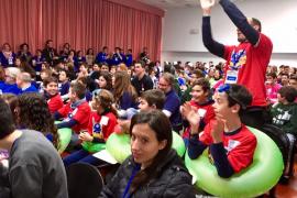 Más 300 niños participan en un torneo de desafíos tecnológicos en la UIB