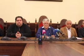 El Ajuntament d'Alcúdia y la FTIB apuntan a las instituciones en la retirada de la candidatura mallorquina de la Copa Davis