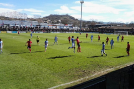 El Atlético Baleares cae en Olot y se hunde un poco más