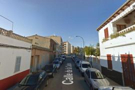 Dos personas intoxicadas leves en un incendio en es Vivero