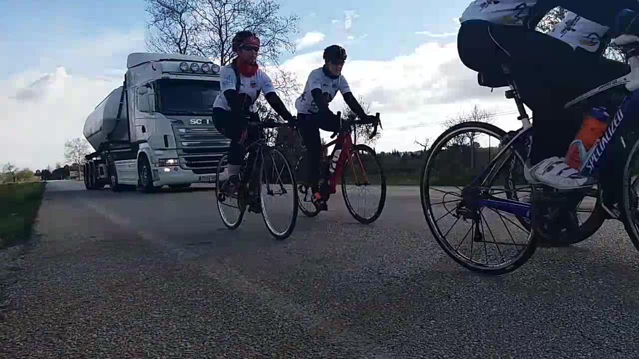 ¿Cómo conseguir una circulación correcta entre vehículos y bicicletas?