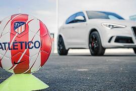 Los jugadores del Atlético de Madrid prueban el Alfa Romeo Stelvio Q