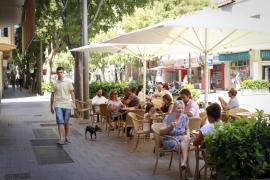 Restaurantes de la calle Blanquerna piden al Ayuntamiento de Palma que no cambie la ordenanza de terrazas