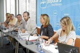 Bauzá admite «ciertos nervios» entre militantes del PP que esperaban cargos