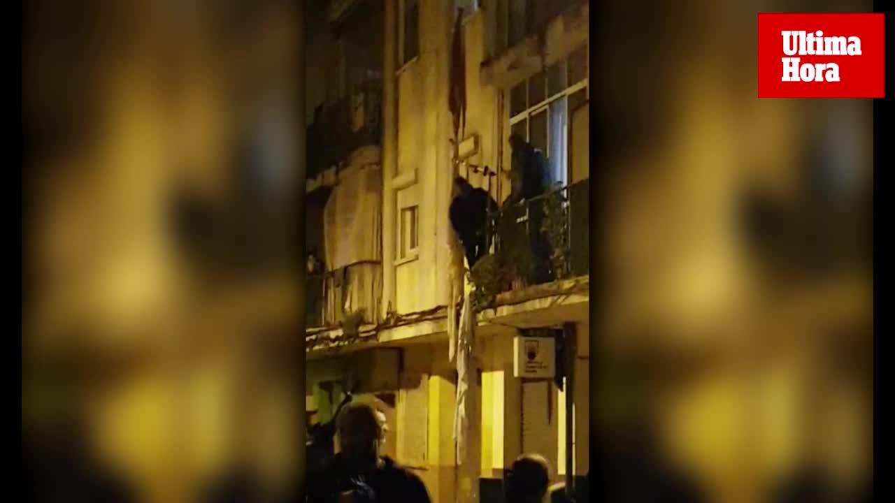 Un hombre se descuelga por la fachada de un edificio de Son Gotleu porque «había demonios en su casa»