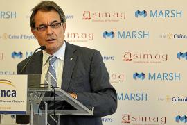 Mas amenaza a Rajoy con no pactar si «toca las narices» con el catalán