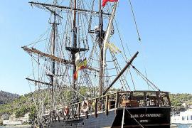 Hollywood adelanta su desembarco en Sóller con un galeón del siglo XIX