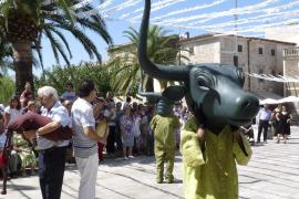 Los 'Cap de Bou' animan las fiestas de la Mare de Déu de Costitx