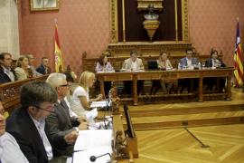 El Consell admite que su falta de liquidez proviene del dinero que le debe el Govern