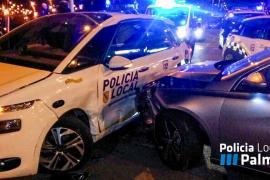 Un conductor borracho embiste a un coche de la Policía Local