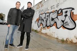 Ocho meses después de su despido, César Mota y José León relatan su día a día lejos del Mallorca