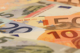 Detenido un vigilante por robar 6.345 € en el banco donde trabajaba en Ibiza