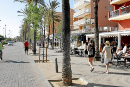 Vecinos y restauradores acuerdan las terrazas que habrá en la Playa de Palma