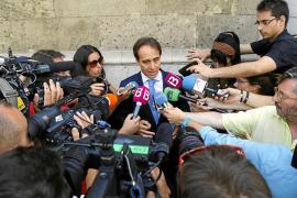 La policía sostiene que Gijón usó a su tía de Granada para cobrar un soborno