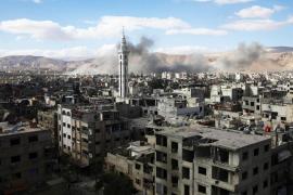 Muere una niña tras el lanzamiento de cohetes contra un complejo sanitario al sur de Siria