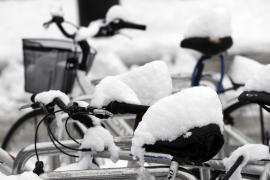 Dos muertos y problemas en las comunicaciones por el temporal de frío y nieve