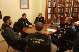 Reunión entre la Policía Local y la Guardia Civil para extremar la seguridad en el Pla