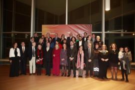 Armengol defiende la libertad de expresión y otros «derechos que se tambalean» en los Premis Ramon Llull
