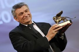 Sokurov se lleva el León de Oro y Fassbender la Copa Volpi de «la Mostra»