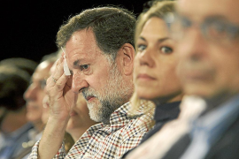 Rajoy sitúa al PP como faro para «iluminar el camino de salida de la crisis»