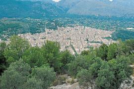 Alternativa dice que el urbanismo en Pollença es «oscuro» y aplaude al fiscal