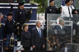 Nueva York guarda un minuto de silencio en el décimo aniversario del 11-S