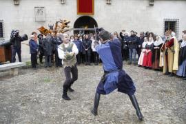 El rey Jaume I hiere con una espada a uno de sus criados en Palma