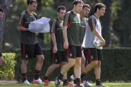 El Barça estrena mañana su condición de favorito ante el AC Milan