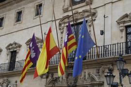 El PP pide a Noguera que las banderas de Cort estén a media asta en Semana Santa