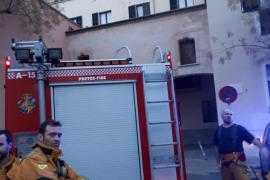 Un herido leve durante un pequeño incendio en el Hospital General de Palma