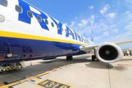 Consubal denuncia a Ryanair ante el Parlamento Europeo por «prácticas abusivas»
